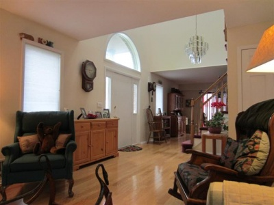 3 Bedroom Townhome For Sale in Highland NY